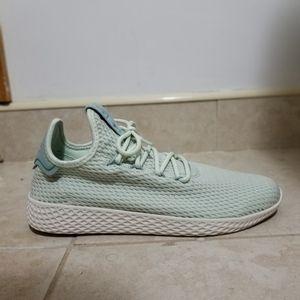 Adidas Size 7.5 Pharrell Williams HU Tennis CP9765